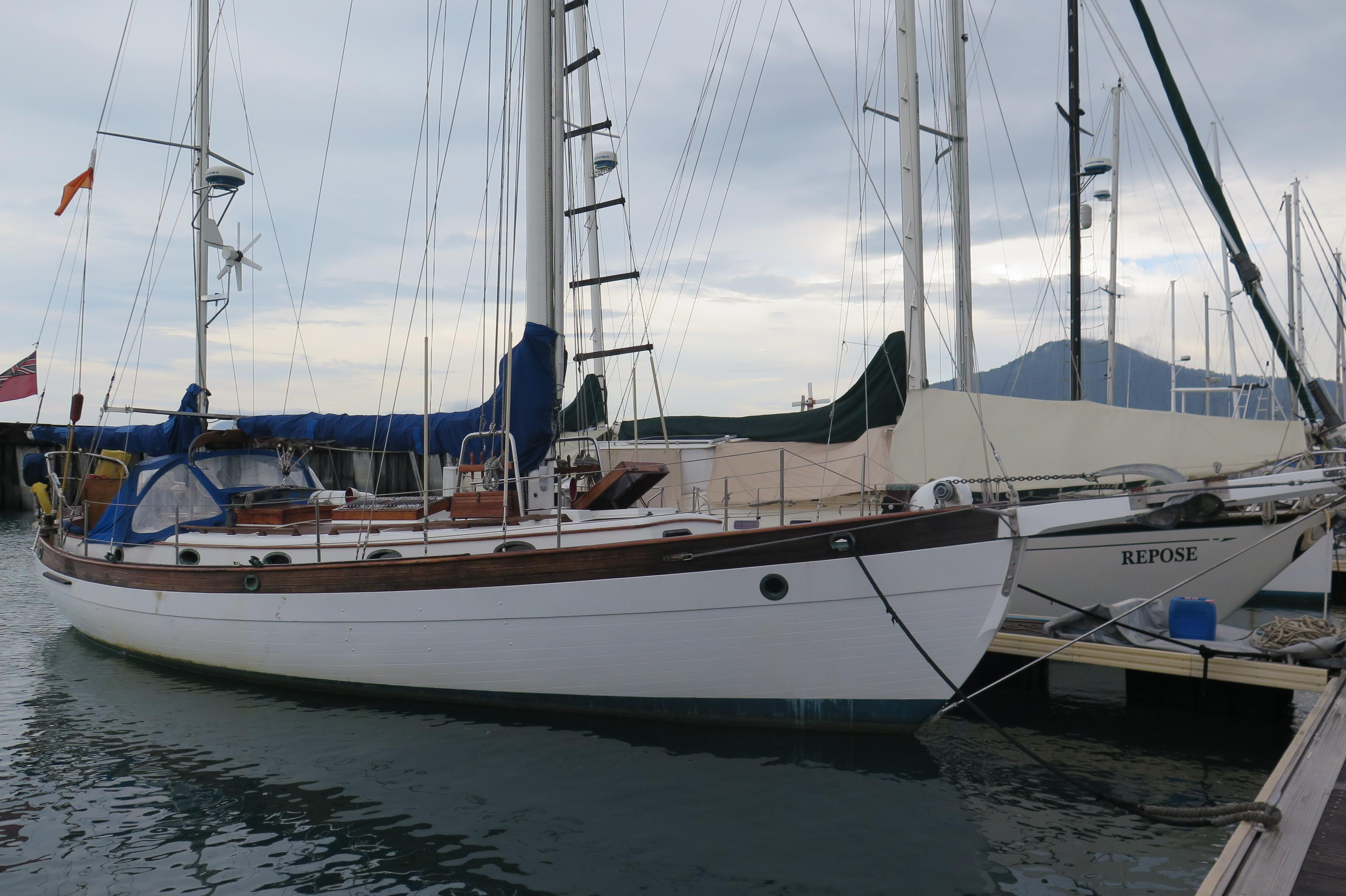 6085652_20170127193538693_1_XLARGE&w=4000&h=2664&t=1485577115000 1981 hans christian 43 sail boat for sale www yachtworld com Simple Boat Wiring Diagram at n-0.co