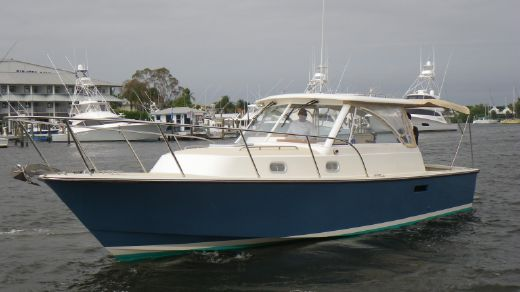 2004 Hunt Yachts 33 Express