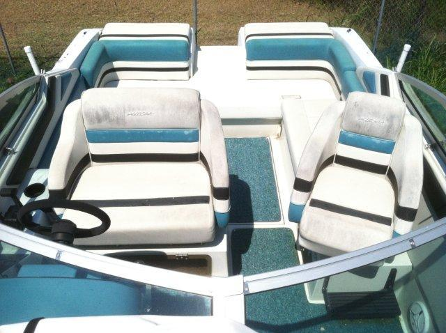 Muscle Shoals (AL) United States  city pictures gallery : 1990 Carver 2587 Allegra Power Boat For Sale www.yachtworld.com