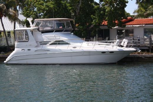 1995 Sea Ray 420 Aft Cabin