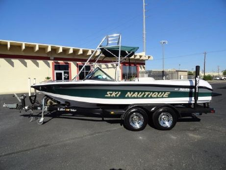 1998 Correct Craft Ski Nautique Open Bow