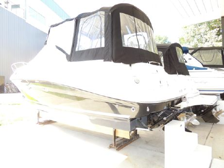 2010 Sea Ray 240 Sundancer