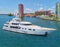 2010 Trinity Yachts Tri-Deck MY