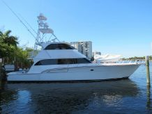 1996 Donzi Enclosed Flybridge w/tower
