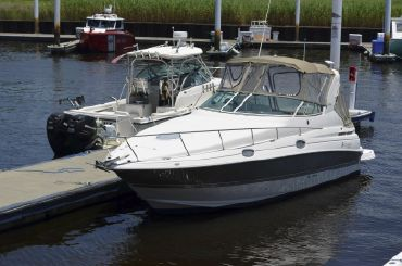 2007 Cruisers Yachts 280 CXi Express