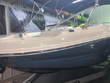 2020 Stingray 192SC Deck Boat