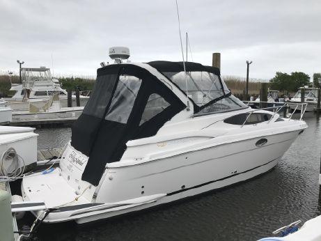 2011 Regal 3060 Window Express Cruiser