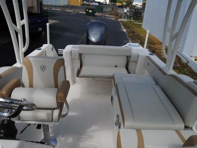 2017 Century 24 Resorter DC Dual Console Power Boat For Sale -