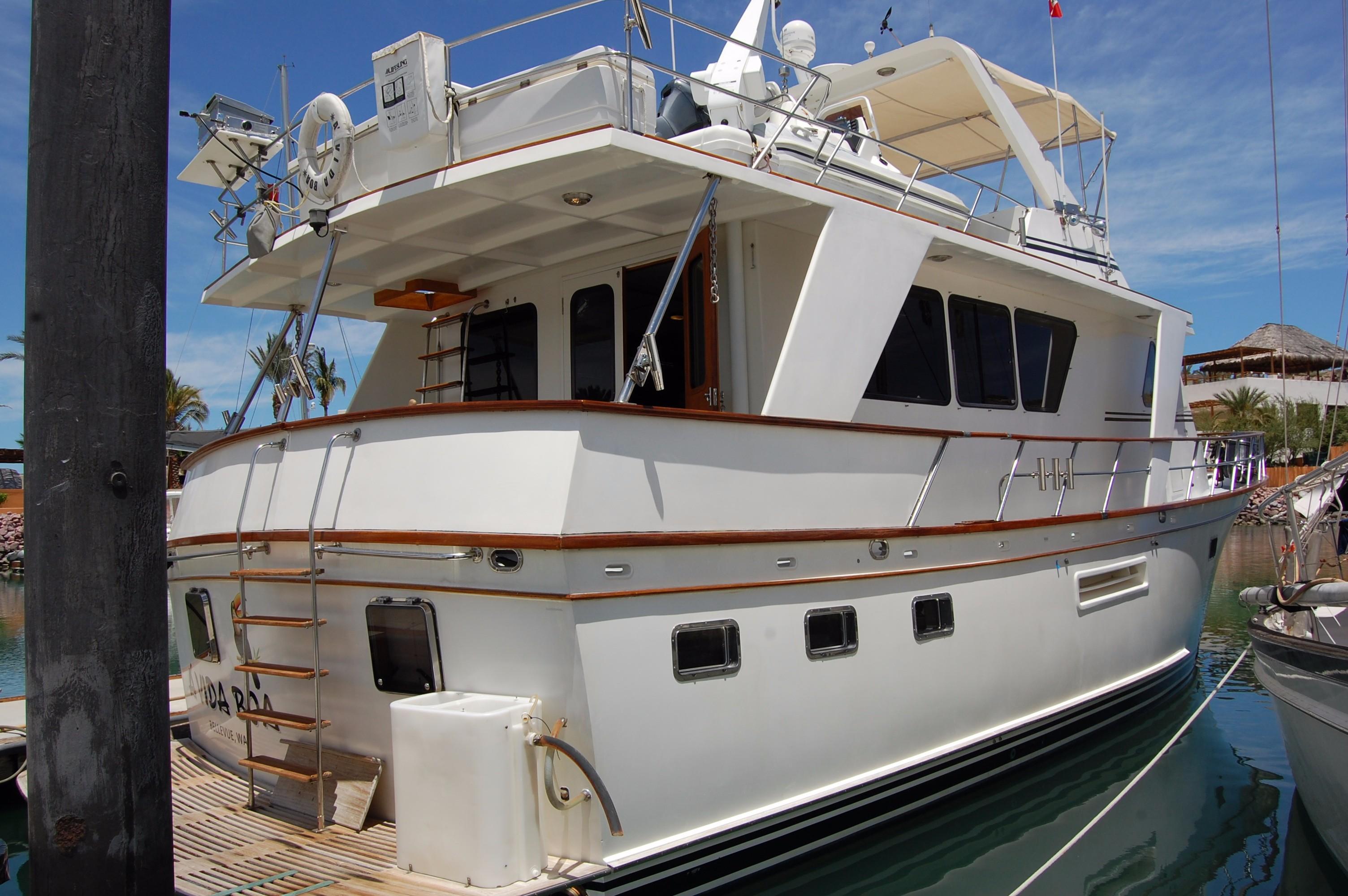 53' DeFever Performance Offshore Cruiser+Photo 5