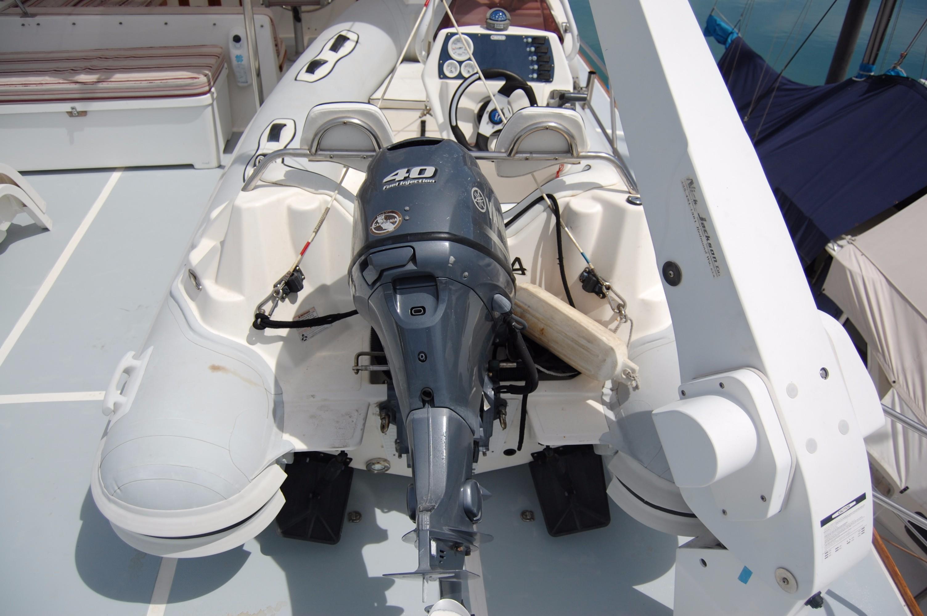 53' DeFever Performance Offshore Cruiser+Photo 15