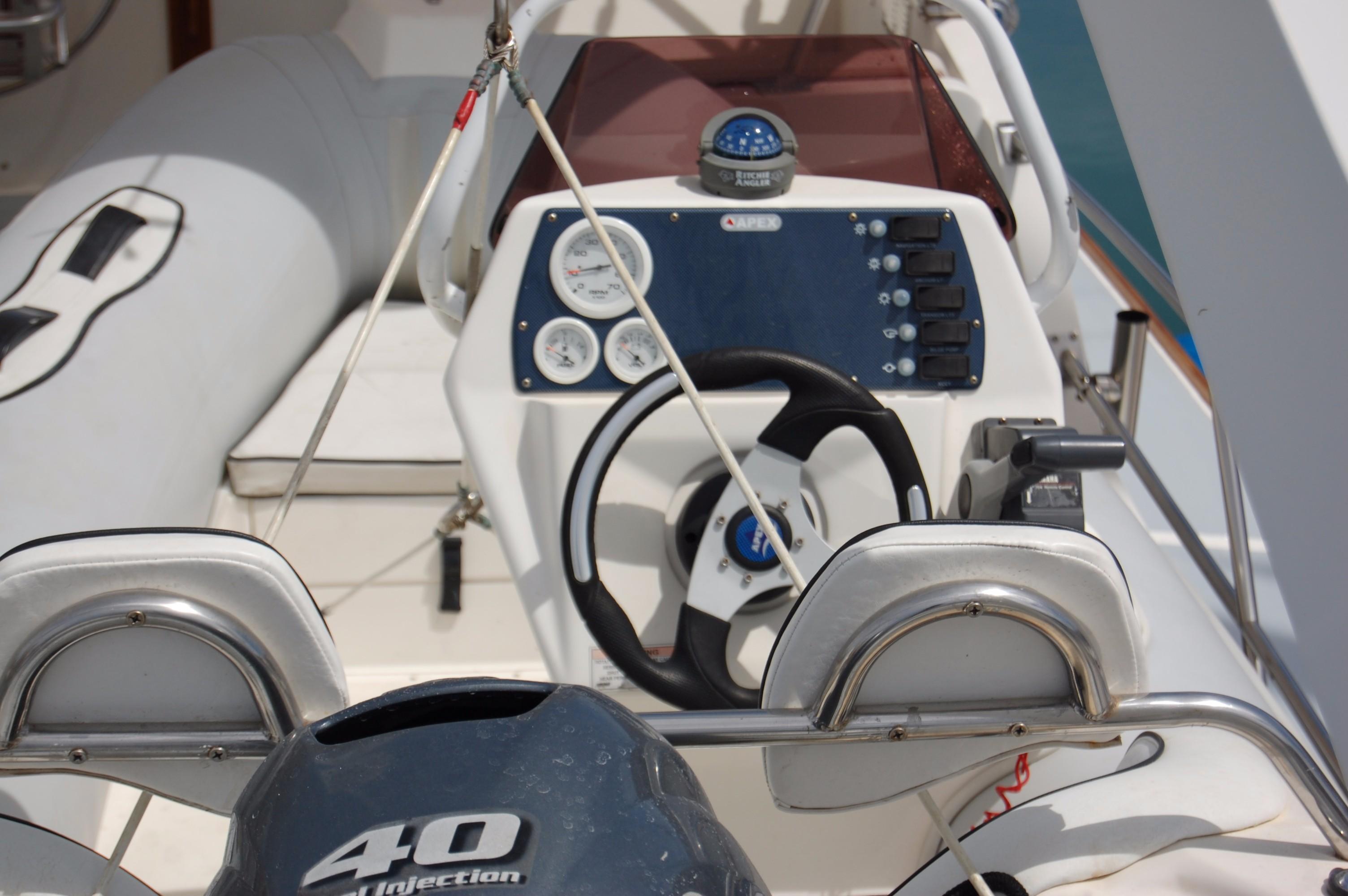 53' DeFever Performance Offshore Cruiser+Photo 16