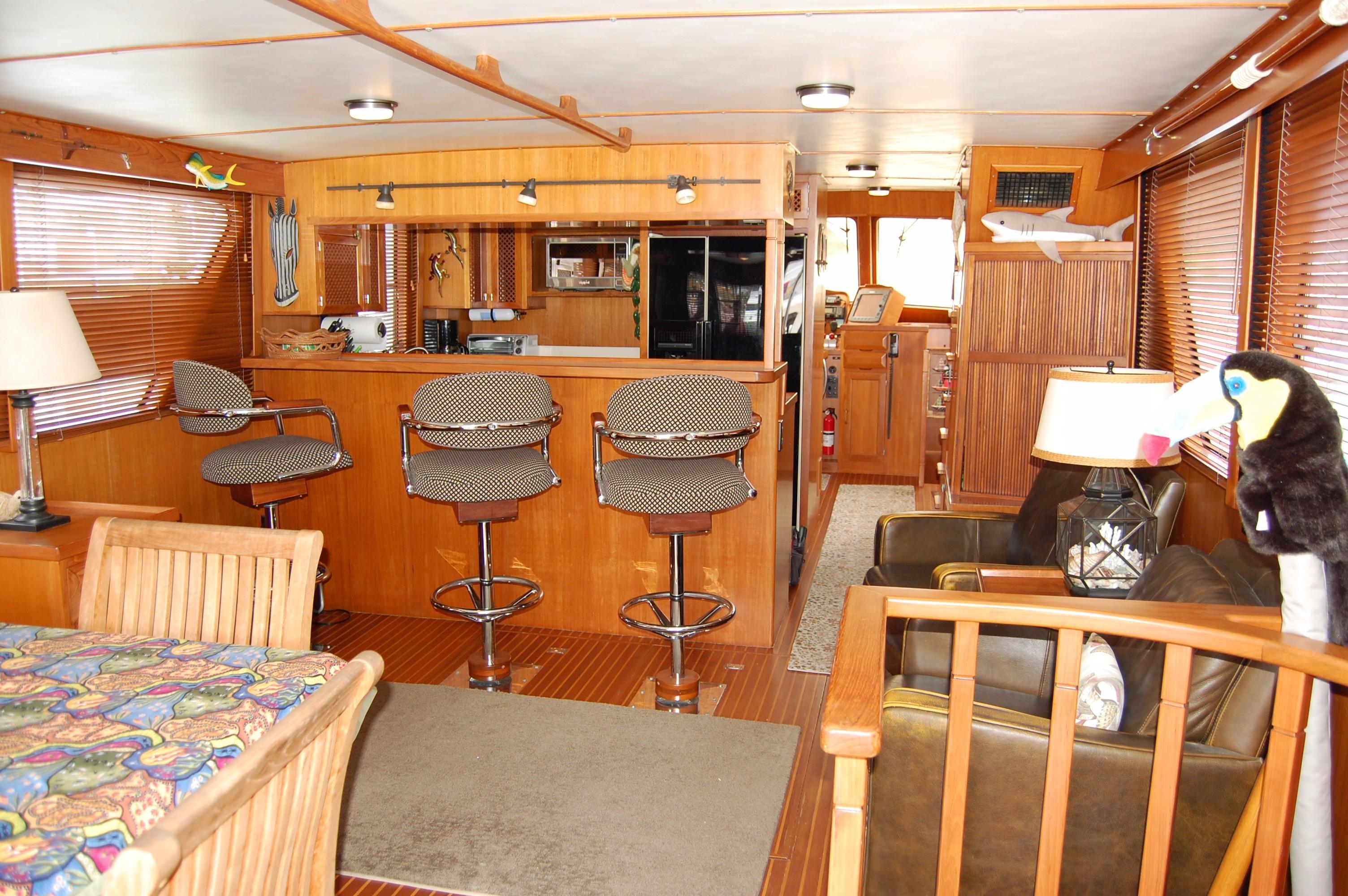 53' DeFever Performance Offshore Cruiser+Photo 37
