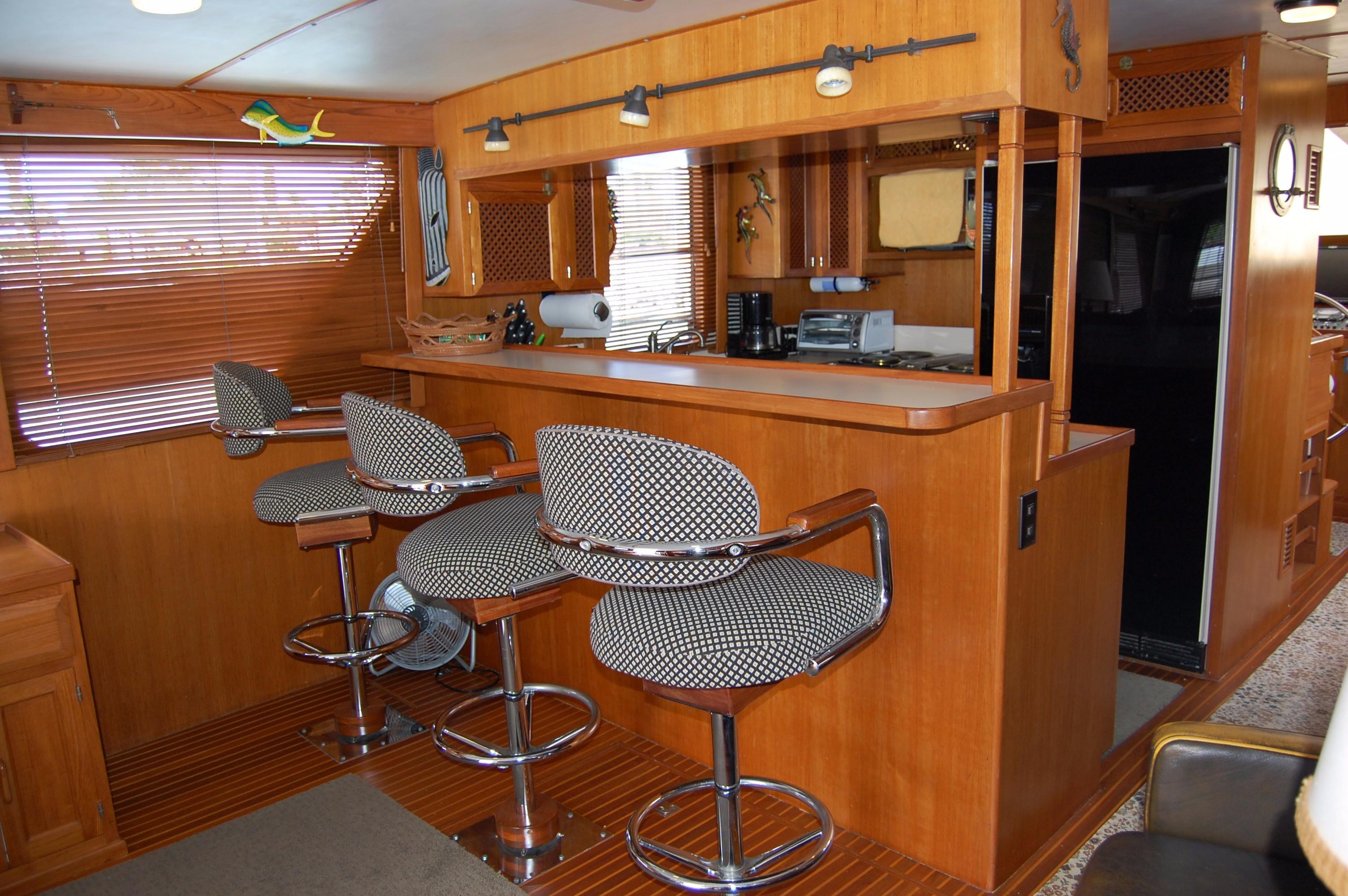53' DeFever Performance Offshore Cruiser+Photo 41