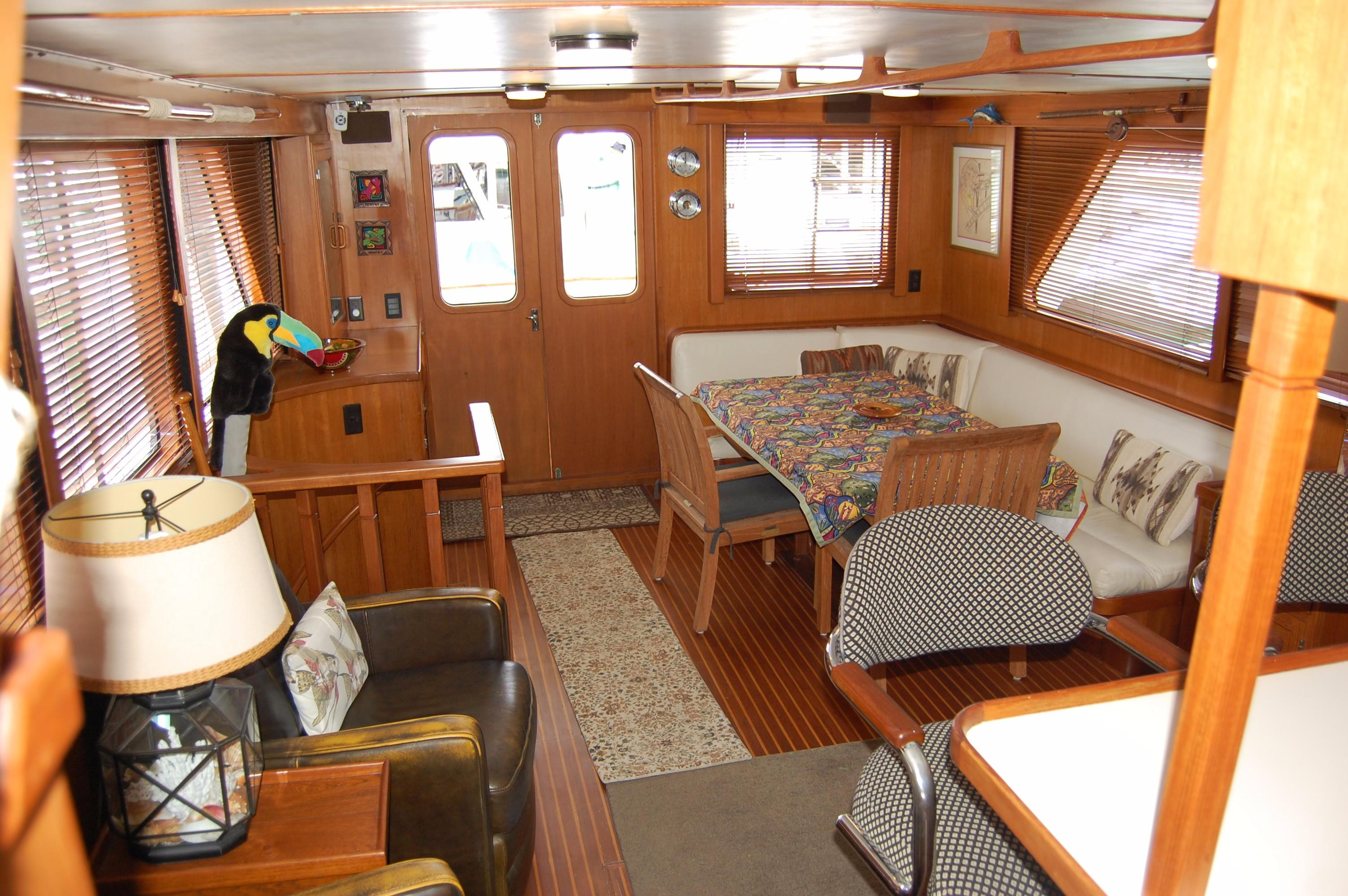 53' DeFever Performance Offshore Cruiser+Photo 46