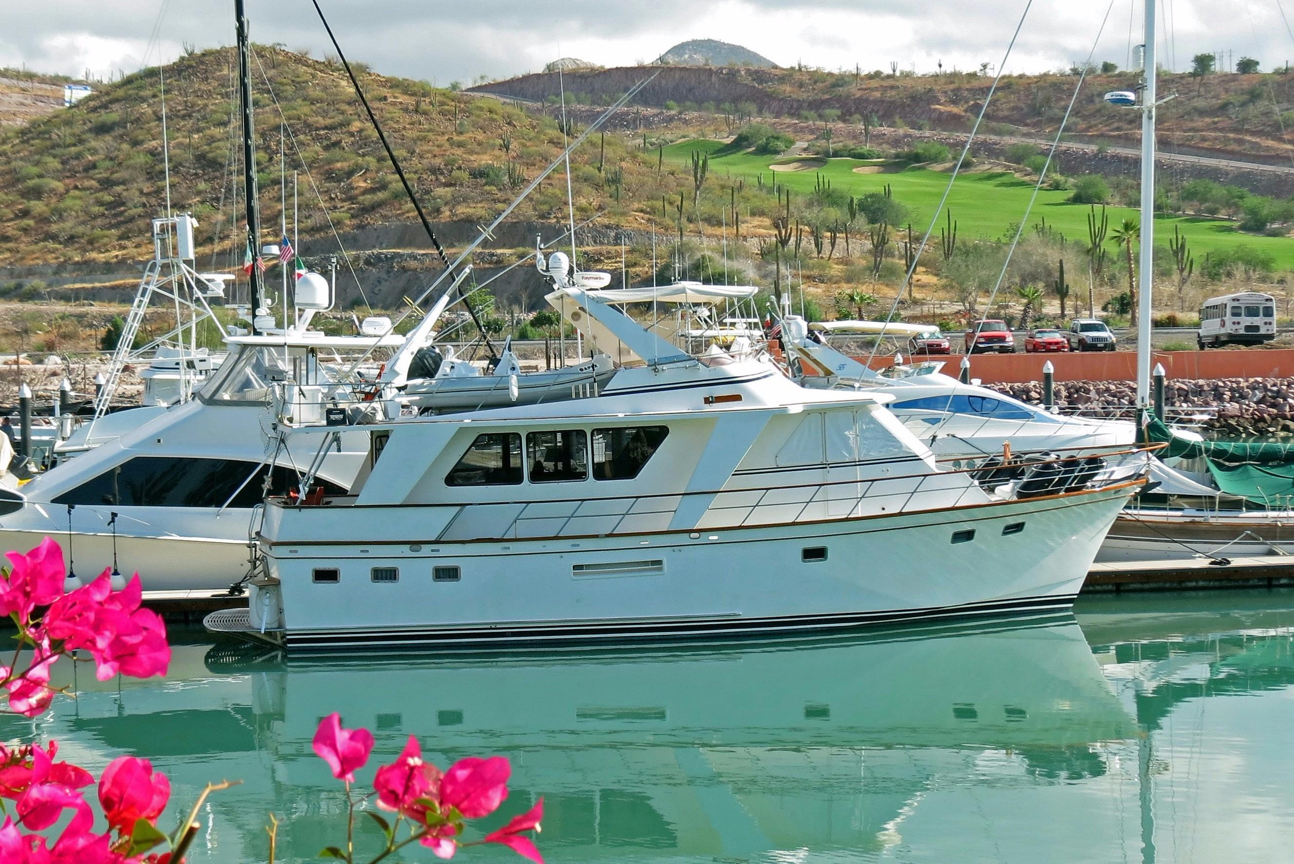 53' DeFever Performance Offshore Cruiser+Photo 3