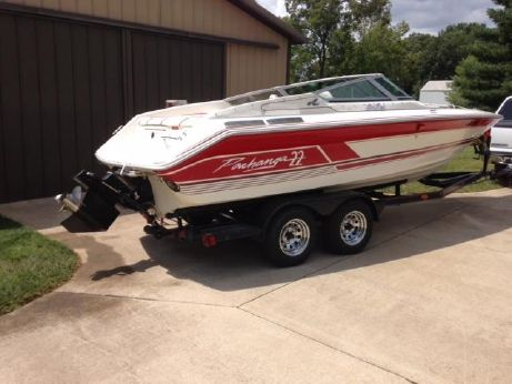 1990 Sea Ray Pachanga 22