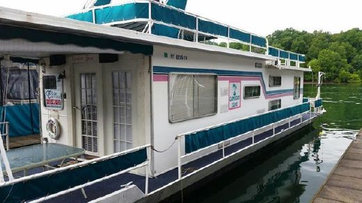 1982 Jamestowner Houseboat