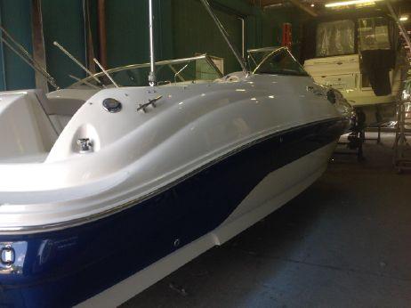 2004 Sea Ray 240 Sundeck  11804