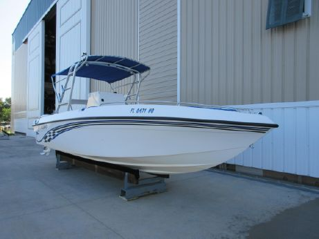 2006 Paramount 26 Center Console