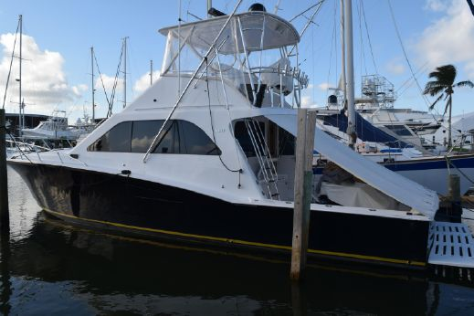 2001 Cabo 47 Flybridge Sportfisher
