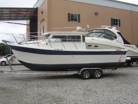 2002 Osprey Pilothouse 26 Long Cabin