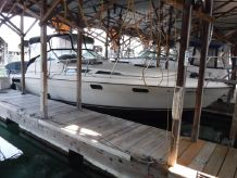 1980 Bayliner 3250 Conquest
