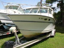 1990 Sport-Craft Fishmaster 252