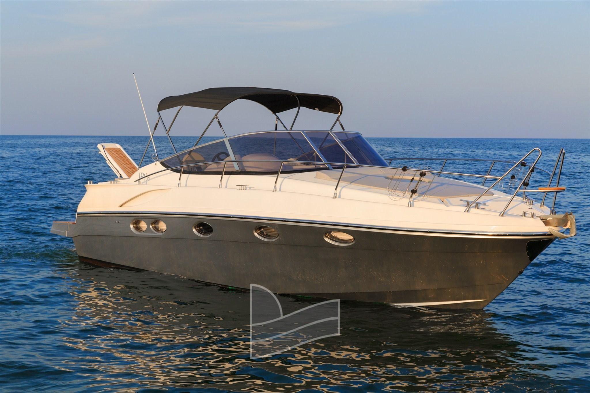 2016 custom innovazioni progetti yachts ipy 35 motore for Progetti architettonici in vendita