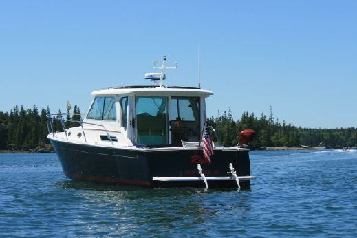 2009 Back Cove Yachts 33 Hardtop Express