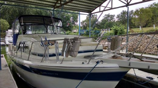 1985 Chris Craft 350 Catalina