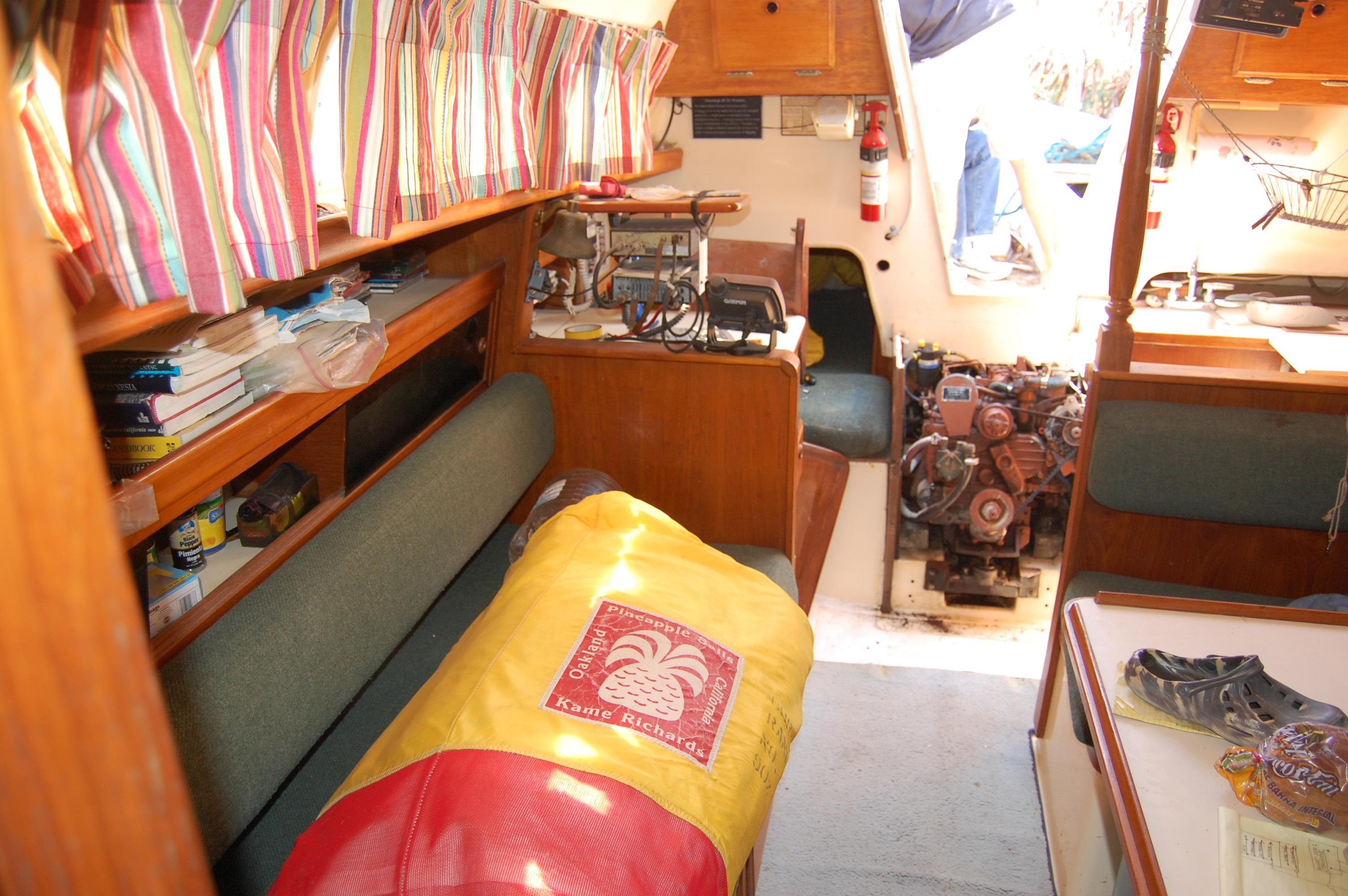 33' Ranger Yachts 33+Photo 6