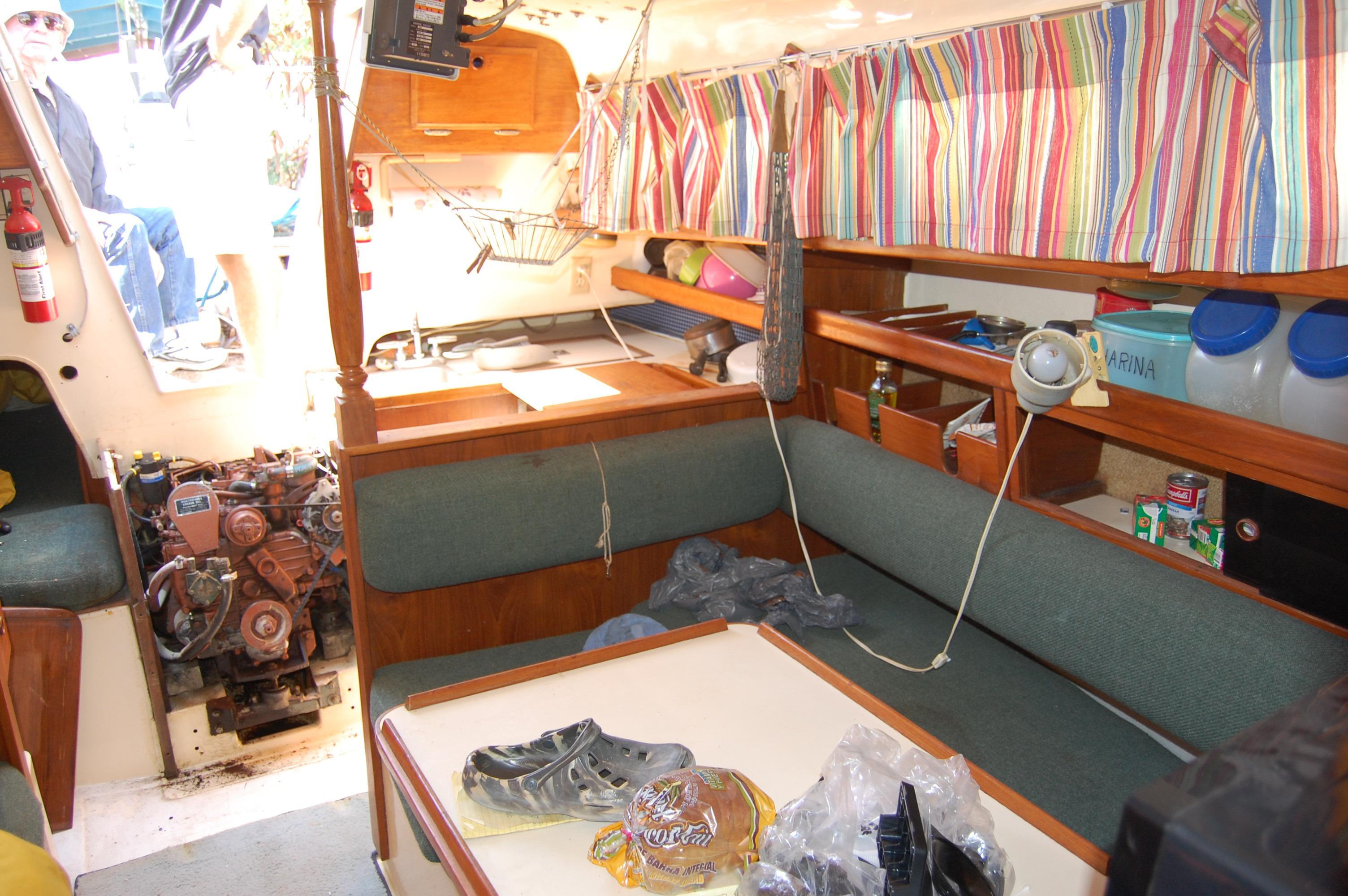 33' Ranger Yachts 33+Photo 7