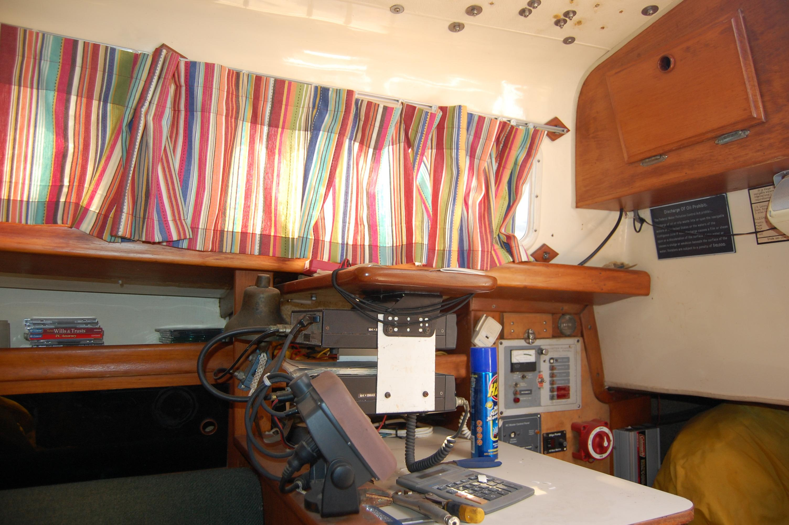 33' Ranger Yachts 33+Photo 11