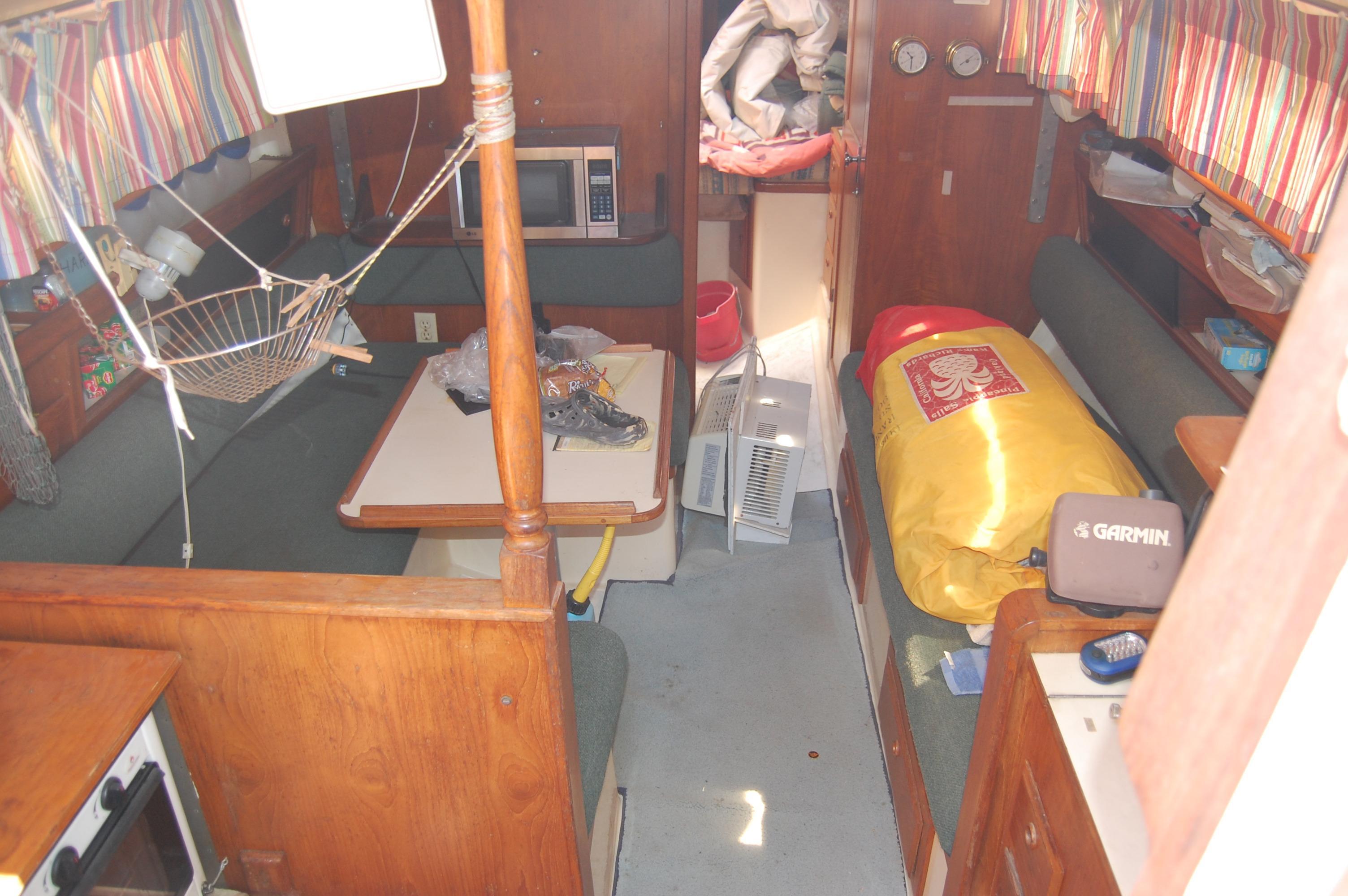 33' Ranger Yachts 33+Photo 18