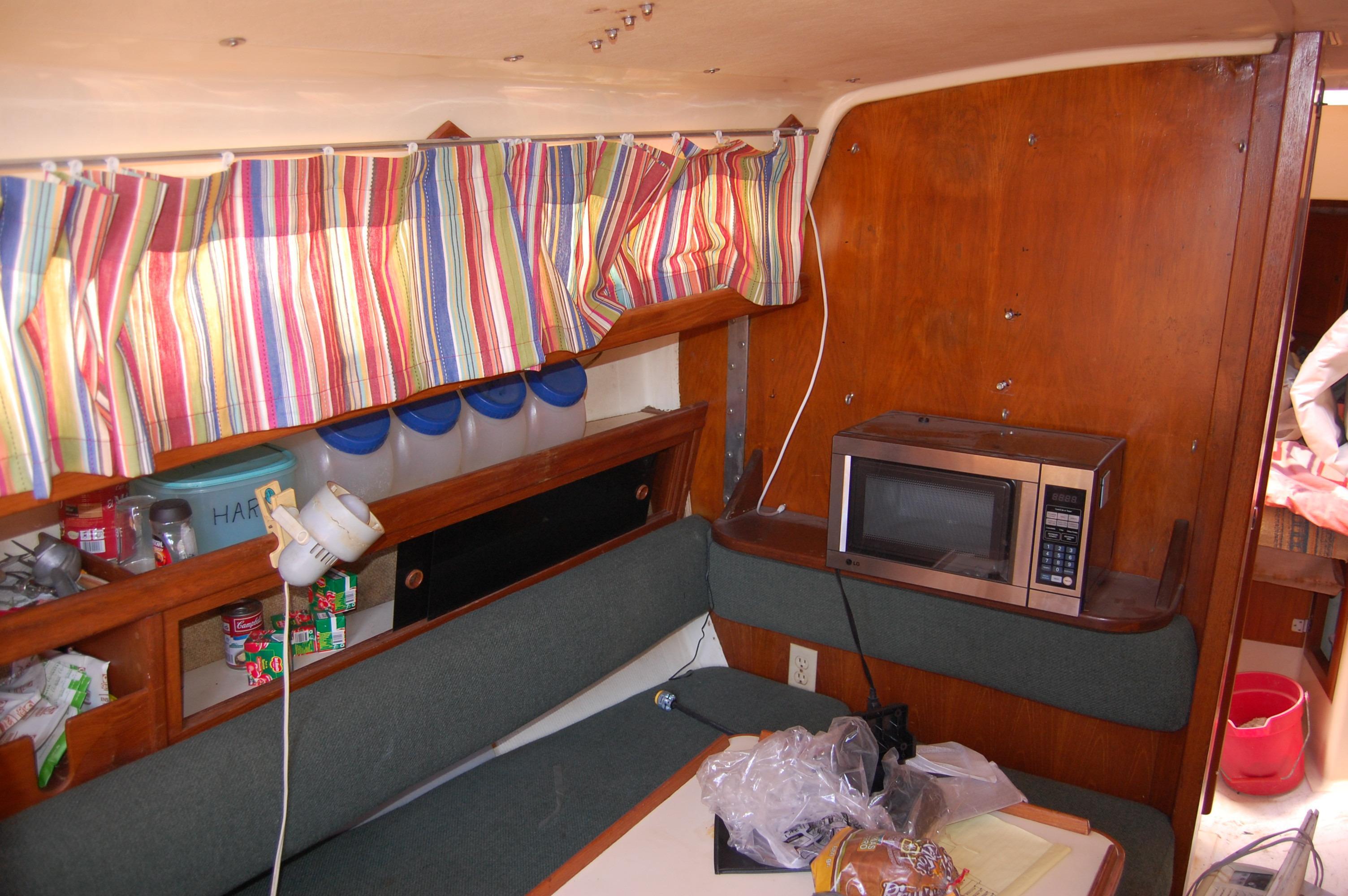 33' Ranger Yachts 33+Photo 19