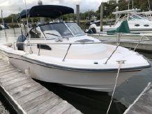 2002 Grady-White Seafarer 226