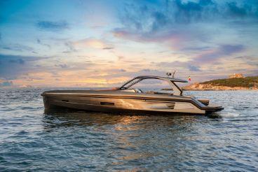 thumbnail photo 1: 2016 Apex Yachts 60