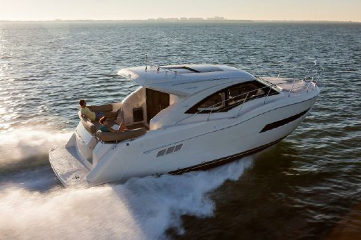 2017 Carver Yachts 37