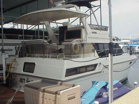 1988 Carver Yachts 42 Motor Yacht
