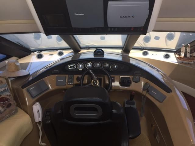 Carver 530 voyager yacht for sale
