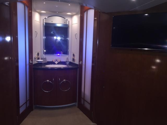 Carver Voyager 530 yacht for sale