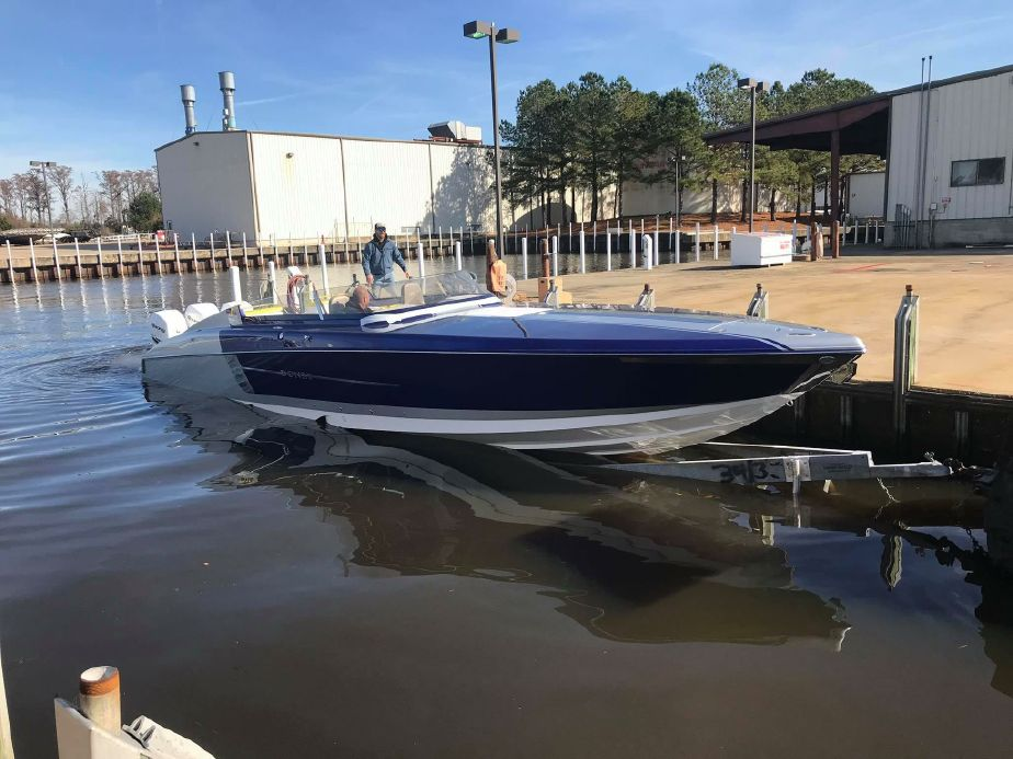 2019 Donzi 41 GT Power Boat For Sale - www yachtworld com