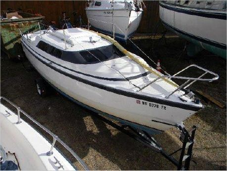 1998 Macgregor sail
