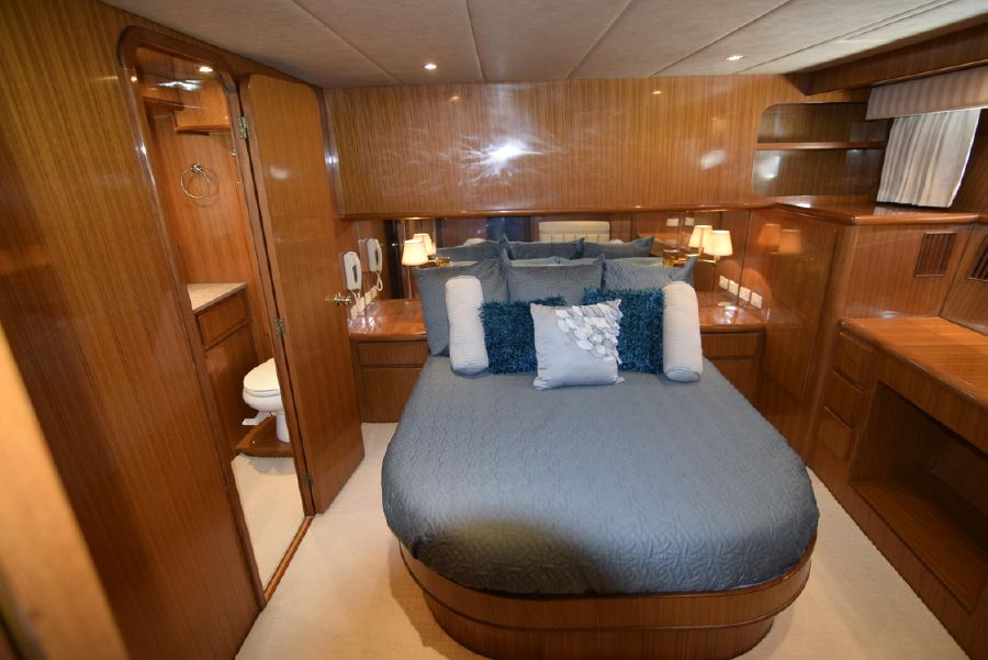 Symbol 50 Pilothouse Master Bedroom