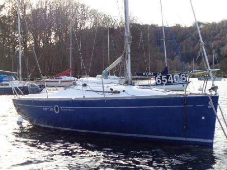 2004 Beneteau First 211