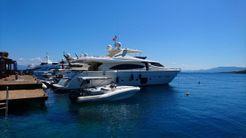 2011 Ferretti Yachts 881 HT