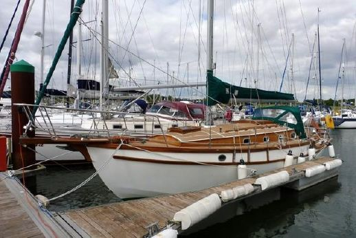 1998 Golden Hind 31