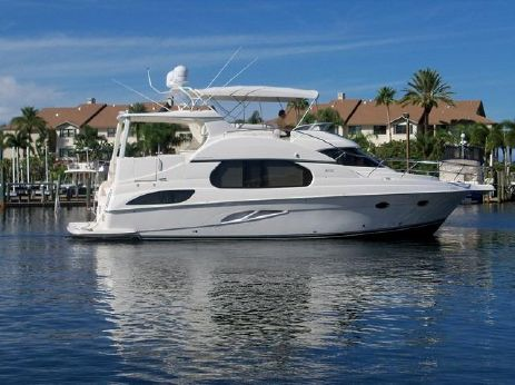 2003 Silverton Aft Cabin Motor Yacht