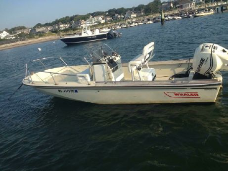 1987 Boston Whaler Outrage 18