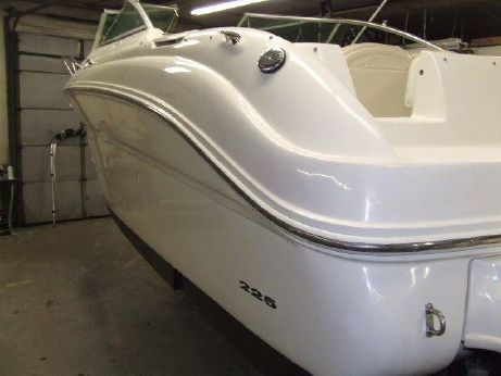 2002 Sea Ray 225 Weekender (SCL)